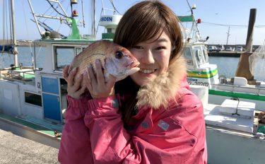 初めての船釣りで大好きなマダイがたくさん釣れた、忘れられない感動体験