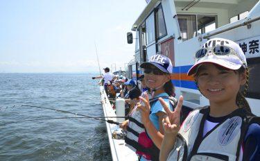 夏休みで沖デビュー!初めての船釣り、乗り方から魚の持ち帰り方まで