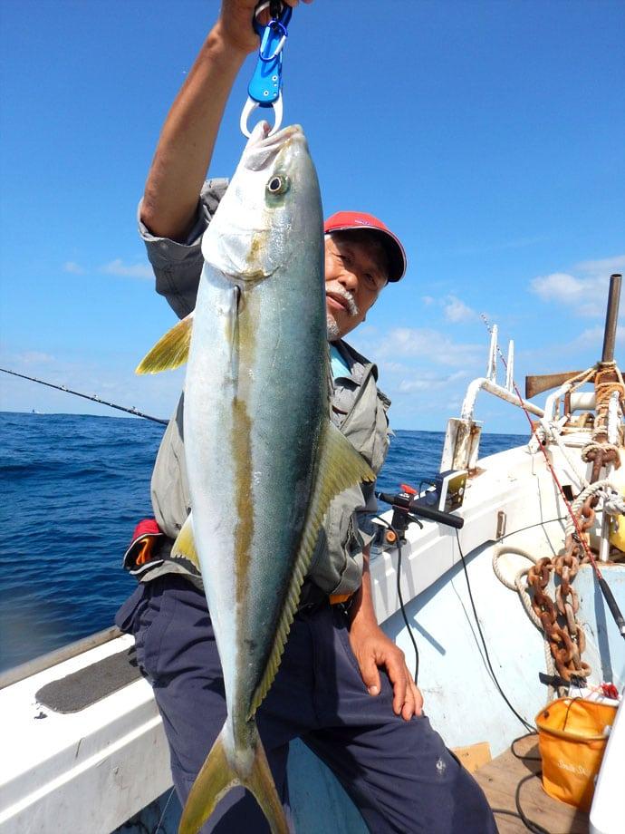 高級魚続々★響灘落とし込み釣り本格シーズン!【福岡県大里港宝生丸】