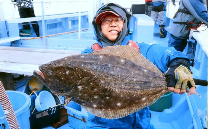 わ~い!船中23人オデコなし!茨城県鹿島沖ヒラメ解禁最大は3.7kg