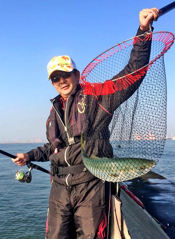堤防からノマセ釣り!大アジ、ハマチ、メジロ快釣!【兵庫県神戸7防】