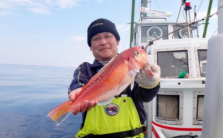 アマダイ狙って玄界灘!すると濃いめの魚影に豊富な魚種!【静岡県わし丸】
