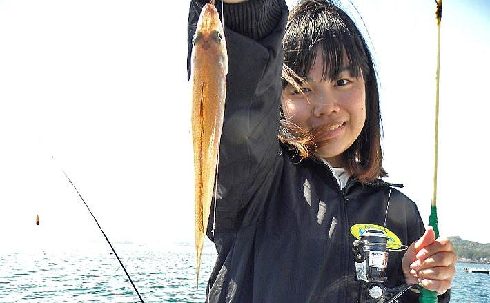 船&ボートでキス釣り!手軽で初心者にもオススメ【タックル&エサ編】