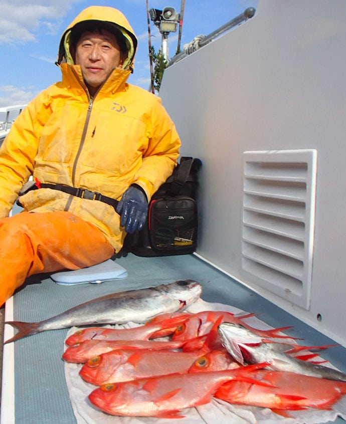 深場釣りはクーラーだけで釣行可能!アコウ五目【神奈川県・太郎丸】
