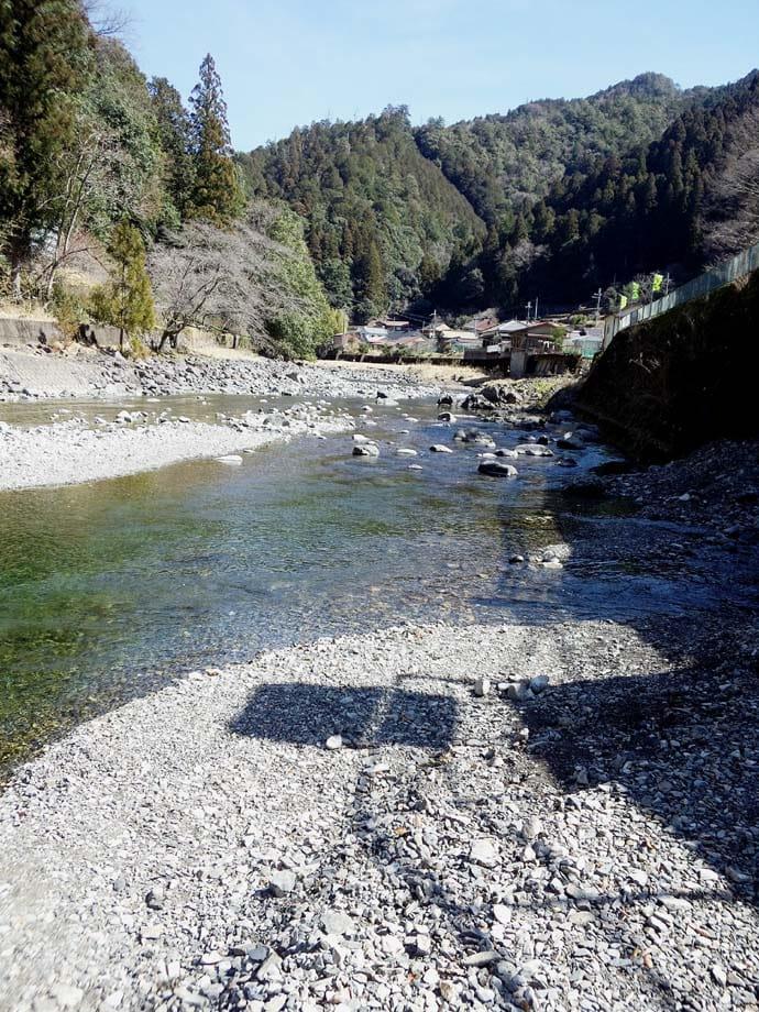 解禁翌日に渓流エサ釣り 天然モノ混じりで32尾【奈良県・北山川】