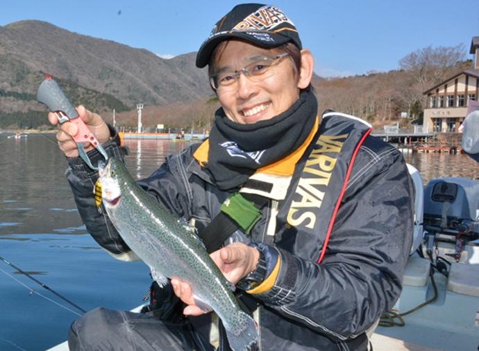 解禁直後の芦ノ湖でサクラマス ミノーイングでニジマスも【神奈川県】