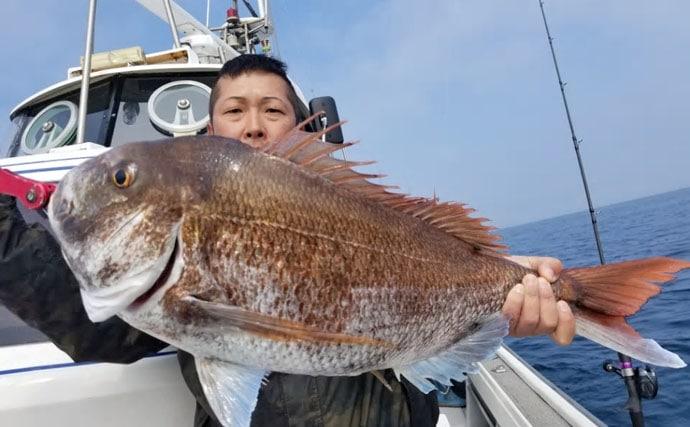 【大分県】船釣り最新釣果 でかい!50cm級巨大アジに6kgマダイ