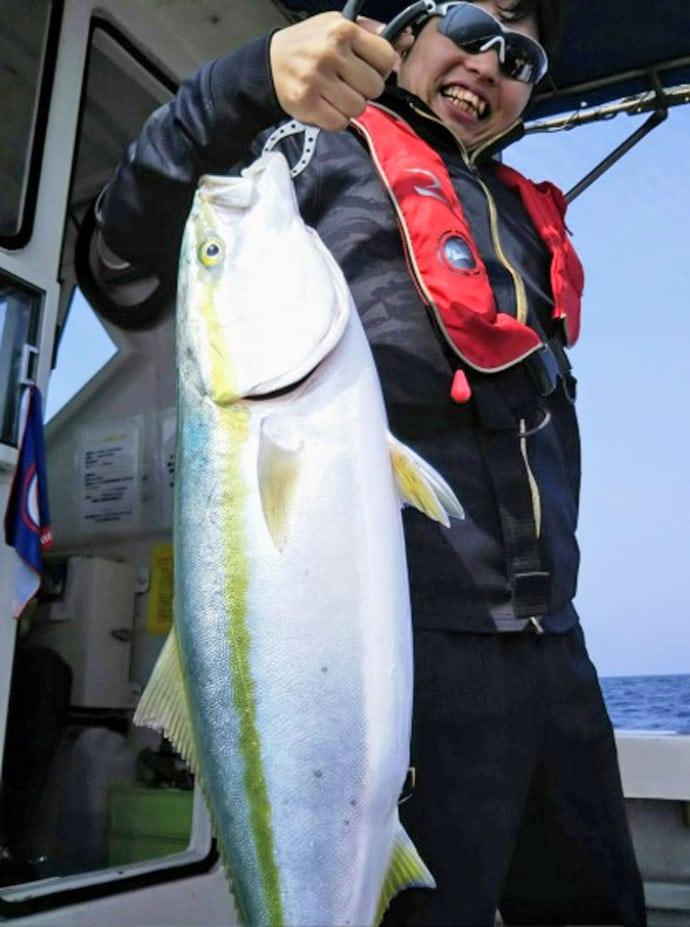 【響灘】オフショアジギング最新釣果 大型ブリ16尾に11kgヒラマサ