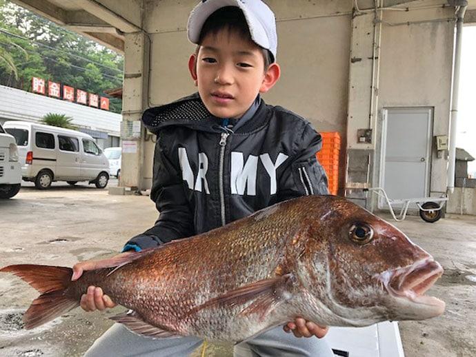 【長崎・福岡・佐賀】タイラバ&ジギング最新釣果 9歳が3.9kgマダイ