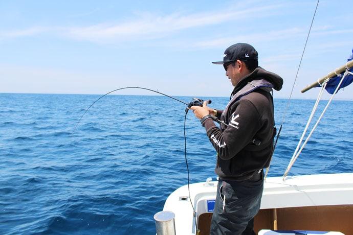 巨魚潜む御前崎沖タイラバゲームで66cm本命に3kgマハタ【静岡】