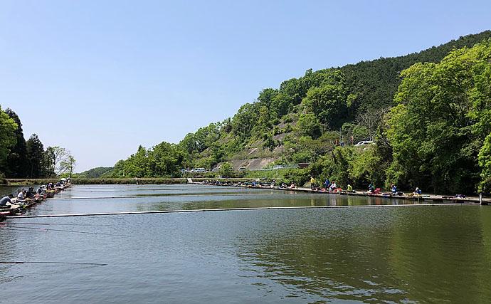ヘラブナ大会で48cmを釣り上げ見事入賞【和歌山・釣堀センター菊】