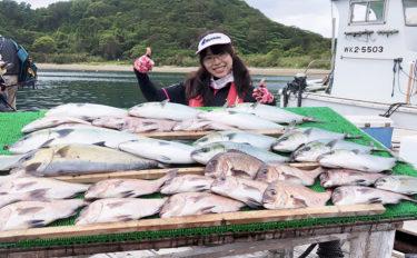 海上釣り堀で3人合計33匹 マダイにシマアジに青物【海上釣堀紀州】