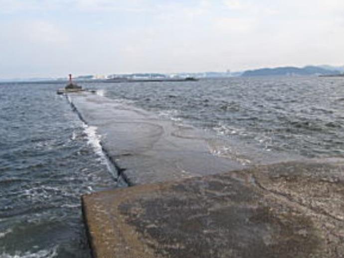 陸っぱりだけどまるで沖釣り気分の『沖堤防』初心者入門【関東エリア】