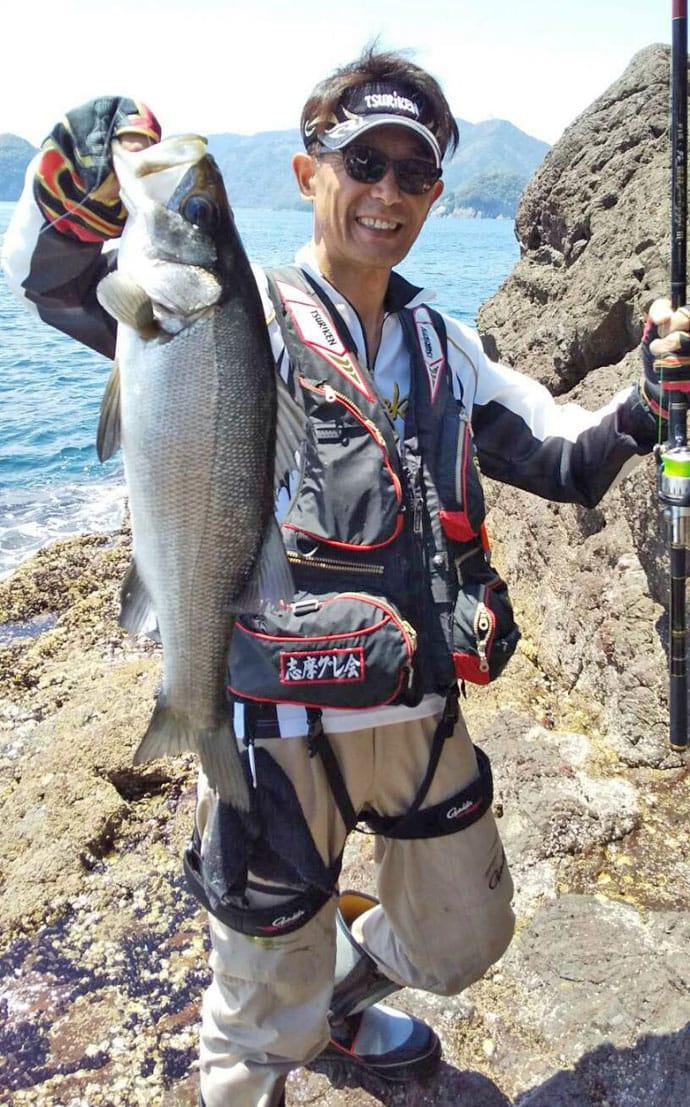 フカセ釣りから泳がせ釣りへ 小サバ泳がせ80cmヒラスズキ【三重】