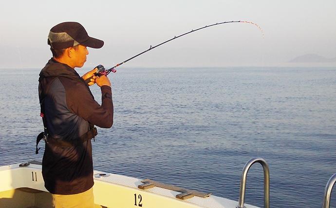 日本海イカメタルで良型揃いのマイカ(ケンサキイカ)を狙う【福井】