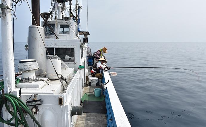 独特な釣趣の『完全フカセ釣り』でマダイにヒラマサ手中【兵庫・柴山】