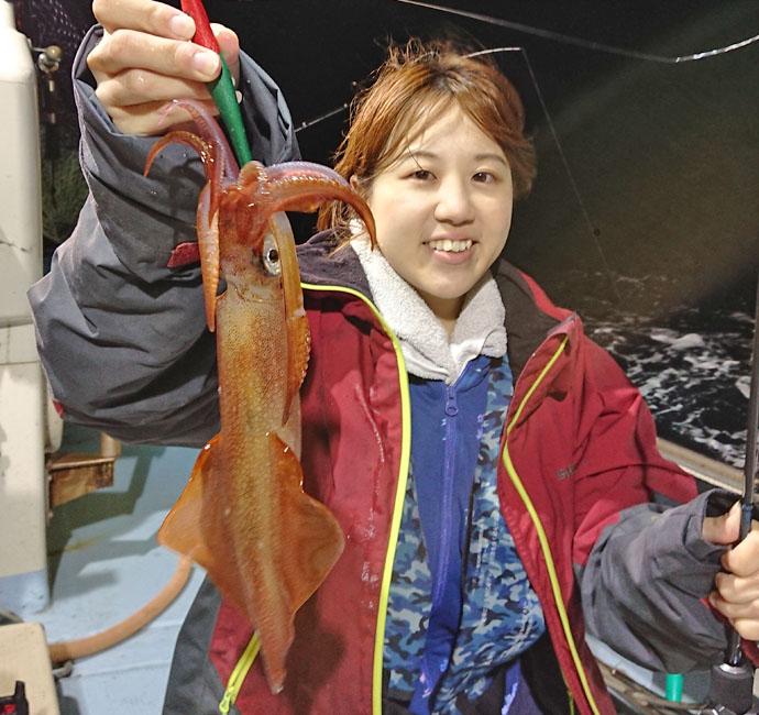【福岡県】夜焚きイカ釣果速報 胴突きでもイカメタルでも絶好調!