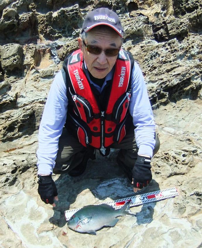 沖磯フカセ釣りで40cm超え尾長に45cm口太グロ【熊本・小ガン瀬】