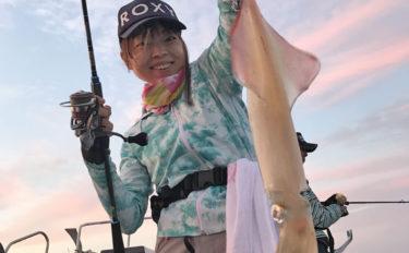 【玄界灘】夜焚きイカ釣果速報 パラソル級の大型含み100尾の釣果も