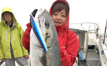 【長崎・佐賀】沖釣り釣果速報 10kg超え夏ヒラマサにイカ絶好釣!