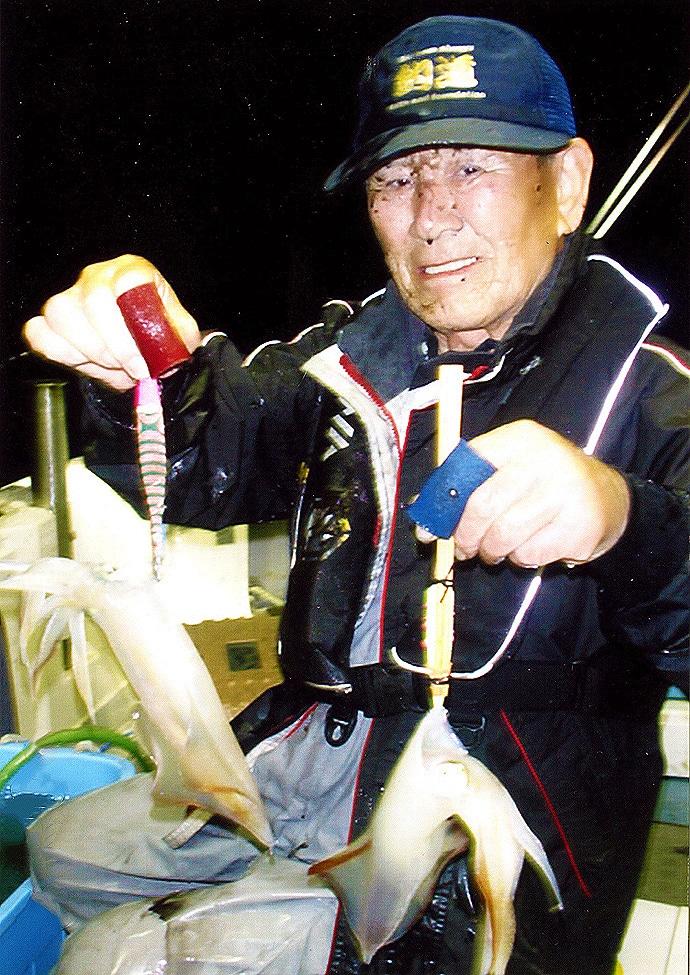 夜イカで胴長20~35cmが36尾と好乗り【山口県・FUKURYO】