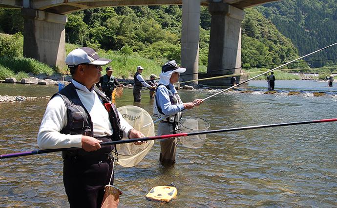 アユ伝統釣法『ドブ釣り』初心者入門 ルーツは加賀百万石の武士道?