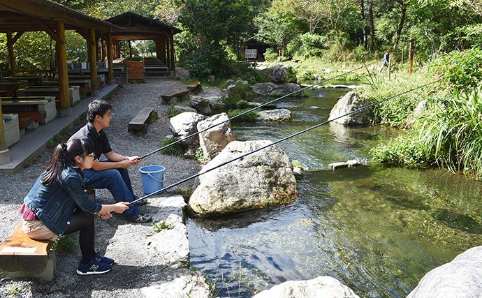 プチ贅沢可能な『渓流管理釣り場』5選 手ぶらで釣り&BBQ【関西】