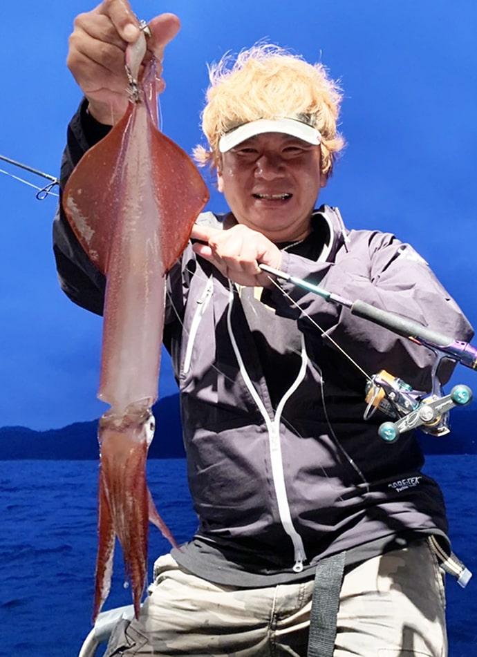 日本海イカメタルで64匹 アタリのパターン解説も【兵庫県・柴山沖】
