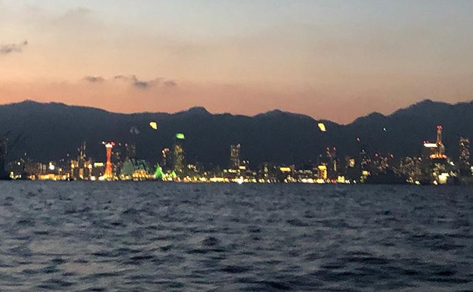 ボートメバリングで良型連発 型狙いならプラッギングで決まり【神戸港】