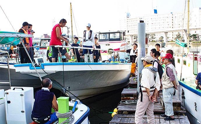 午前船で楽しむエサタチウオ 嬉しいゲストは大アジ【神奈川・弁天屋】