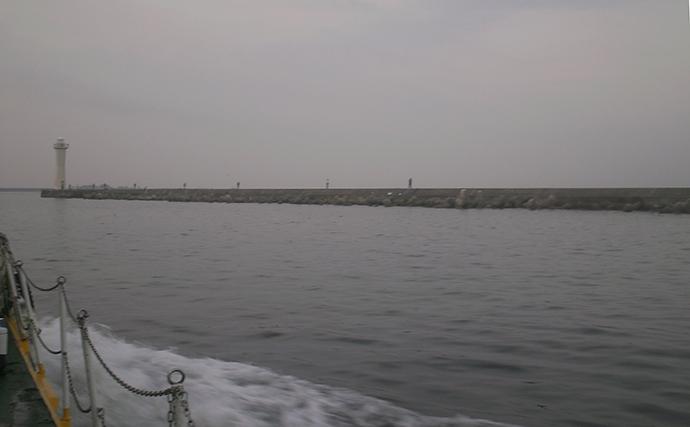 チヌ狙い沖波止釣行で本命3匹 テトラ帯の前打ちで【和田防沖新波止】