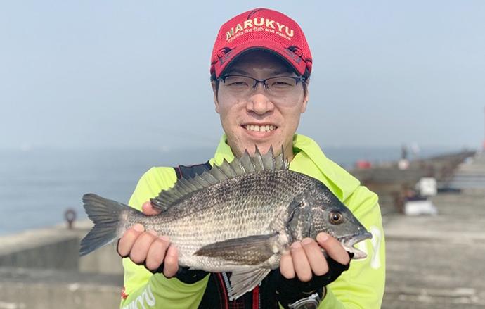 大阪湾チヌ釣りで46cm頭に7尾 フカセ盛期到来か【堺港・新波止】