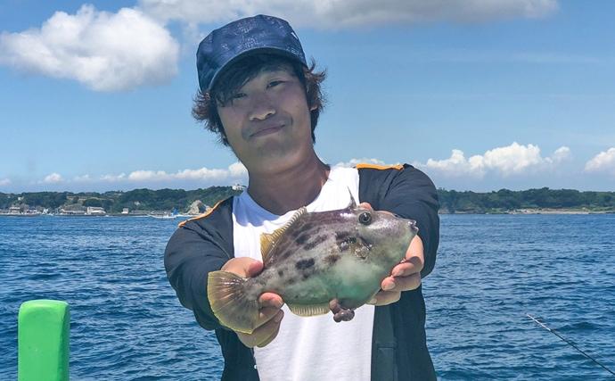 8月解禁の剣崎カワハギで28cm頭8尾 大型狙い好機【やまてん丸】