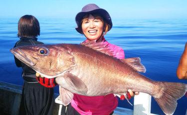 スロージギングで超高級魚7kg『アラ』登場 ゲストも良型多彩【石川】