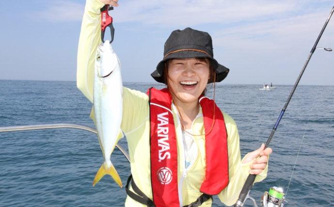 葉山沖ボートキャスティングでイナダ&シイラ ナブラ撃ちでヒット!