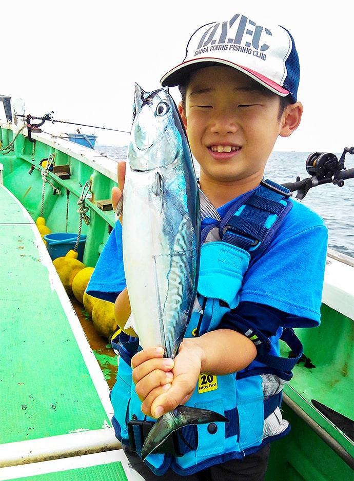 LT五目釣りを子供と一緒に満喫 イサキにアジにワカシ【ちがさき丸】