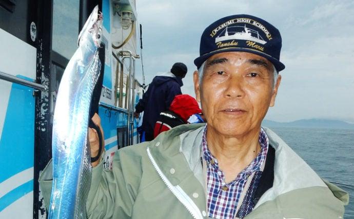 大分沖テンヤタチウオ釣行レポート 狙いは秋の超ドラゴン級【釣吉丸】