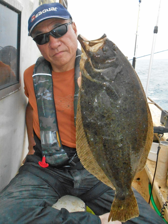 部分解禁直後のヒラメ船で3kg頭にトップ8尾【千葉県・外房エリア】