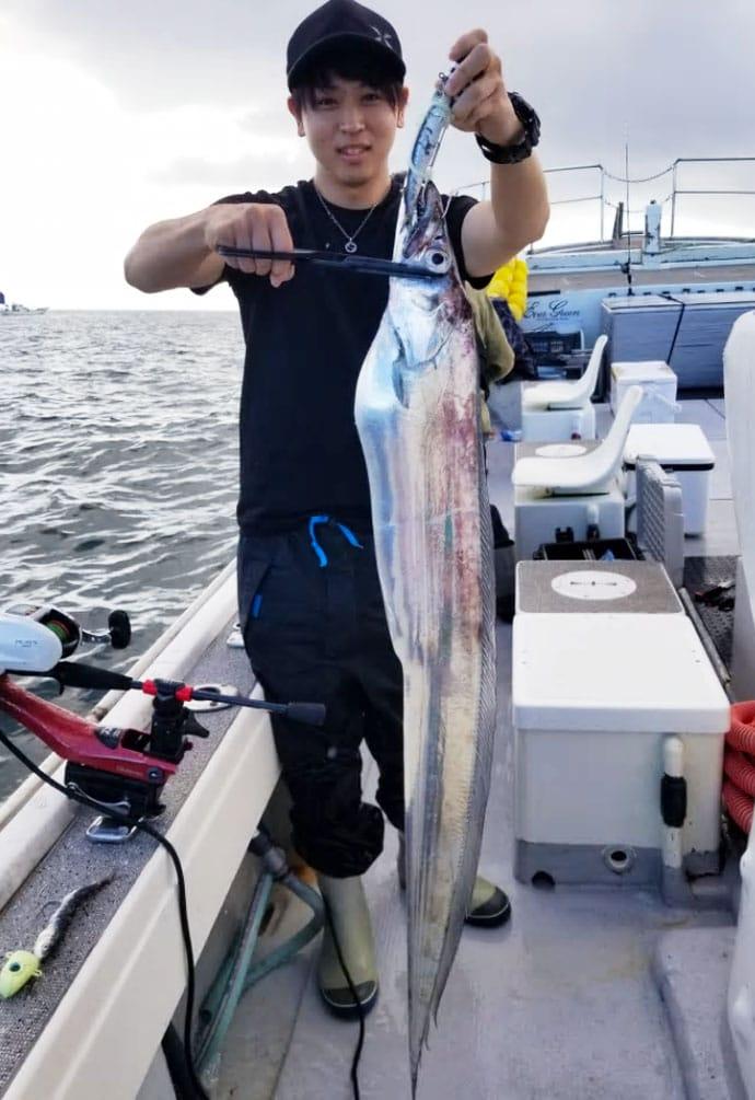 【大分県】沖釣り釣果速報 指6本級ドラゴンタチウオに25kgイシナギ