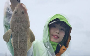 『ひとつテンヤ』釣りで2kg級マダイにマゴチも【福岡県・神生丸】