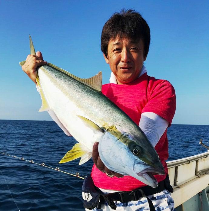 【響灘】落とし込み釣果速報 ヒラマサ&ブリ連発で船中40尾など!
