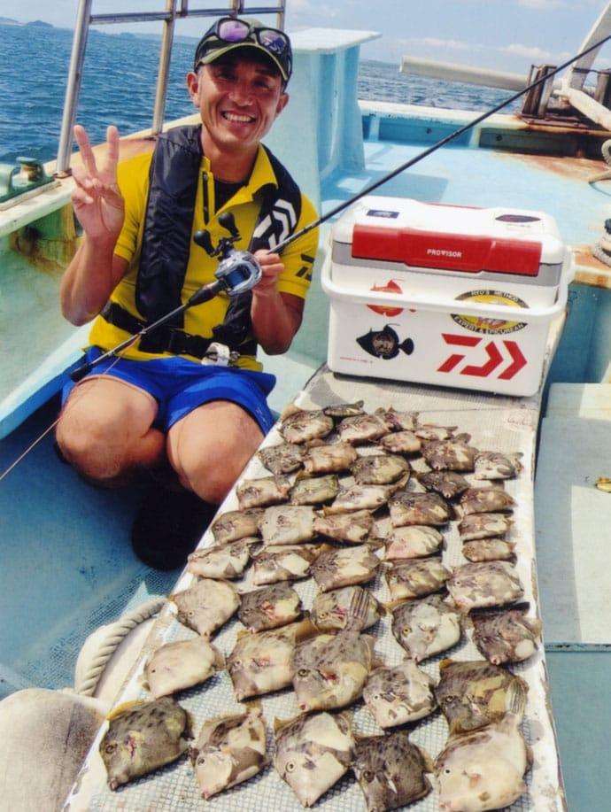 カワハギ&フグ船でトップはカワハギ65尾の大釣り【愛知・石川丸】