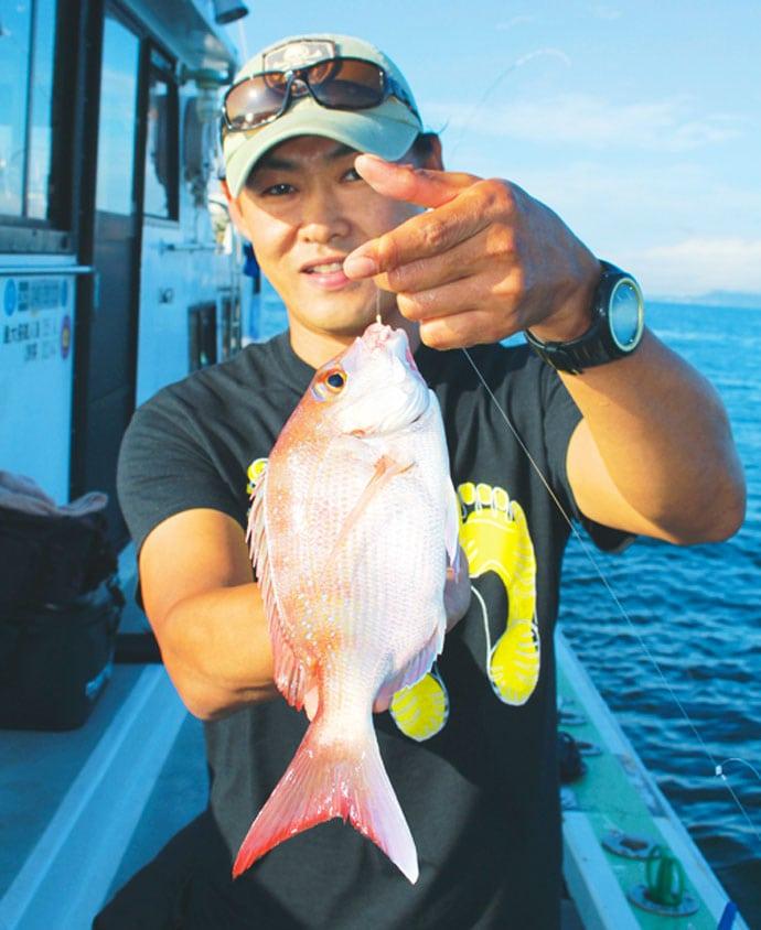秋の最盛期を迎えた『ウタセ五目』釣りでマダイにカワハギなど【忠栄丸】