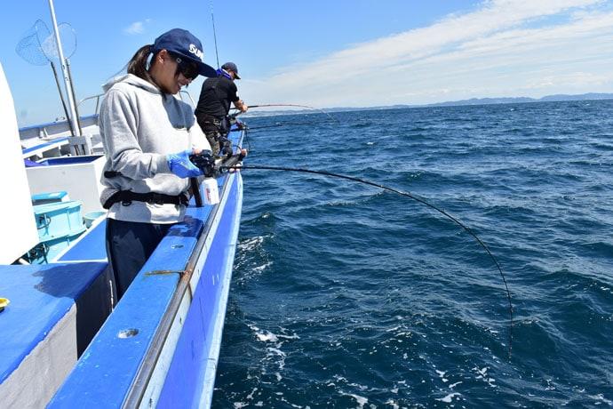 そらなさゆりが相模湾アマダイ釣りへ挑戦 誘い後の『間』で釣果に差