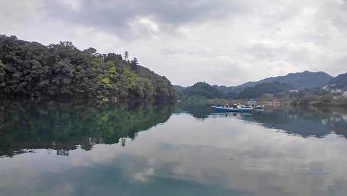 相模湖ボートワカサギで685尾 上野原ワンドで好反応【天狗岩】