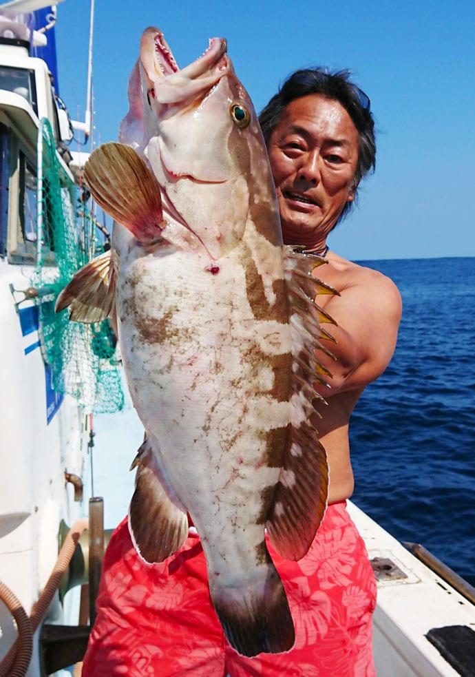 【響灘】落とし込み&泳がせ釣り釣果速報 7㎏アラに93cmヒラメ!