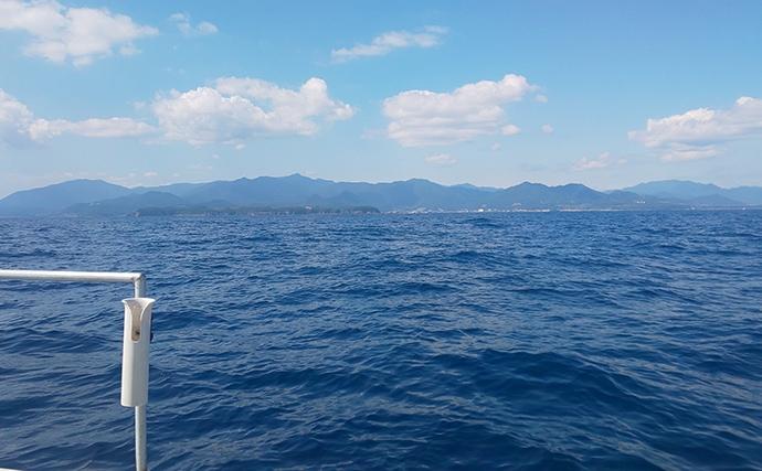 新宮沖の中深海ジギングでクロムツ連発 尺アジ入れ食いも堪能【和歌山】