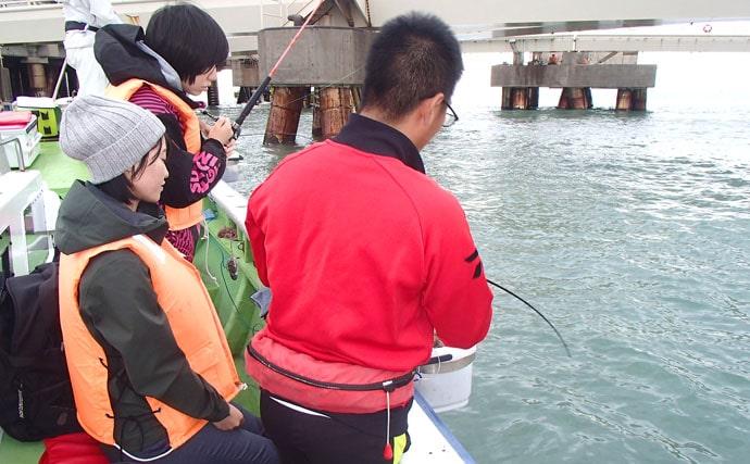 東京湾『LTアジ』船で38cm頭に35尾 娘と満喫!【弁天屋】