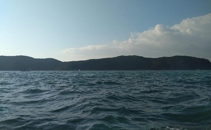 アオイソメの『胴つき五目釣り』で40cm級アジにマダイ【金比羅丸】