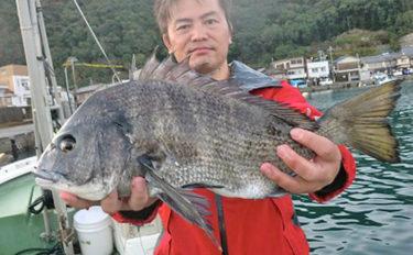 【三重県】カカリ釣り最新釣果 各地で年無しクロダイが浮上中!